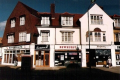 high st  1  1985.00  snippers 21 dewhurst 3  the pantry 5